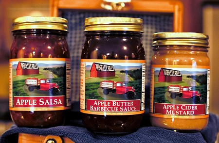 </i> Savor the Flavor Pack <BR><i> Apple Salsa, Apple Butter BBQ, <BR> Apple Cider Mustard </i>